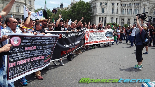 Manifestación en defensa de la pesca 05-06-16 (01)